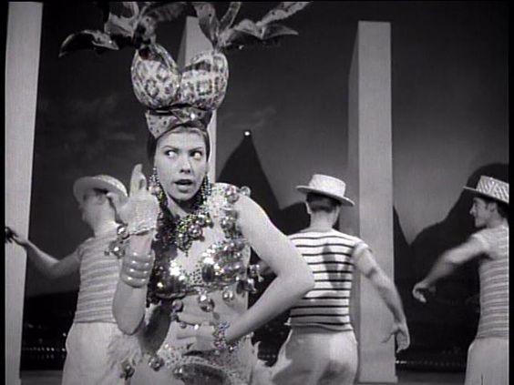Ninón Sevilla en una secuencia de Aventurera, 1950